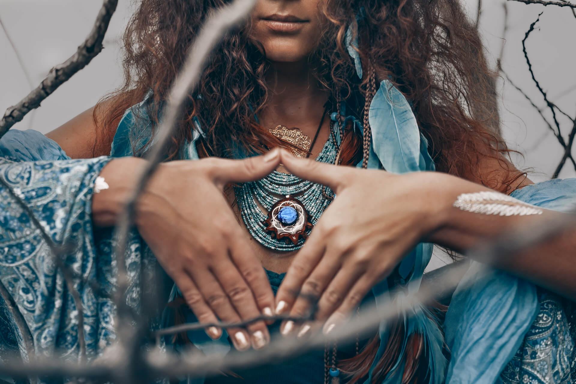 Bijuteriile si spiritualitatea – Ce conexiune exista intre ele?