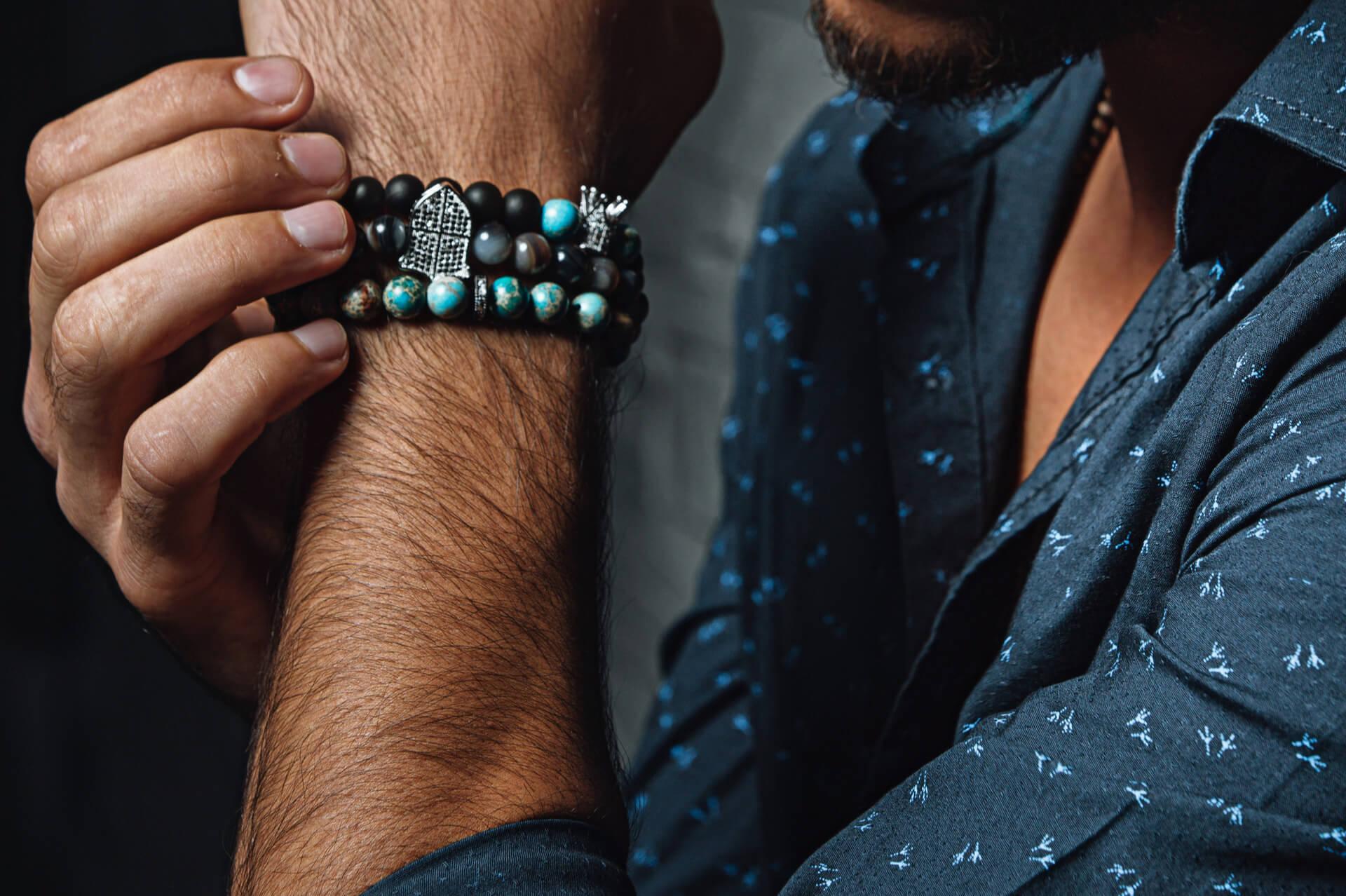 Ce accesorii sunt potrivite pentru barbati?