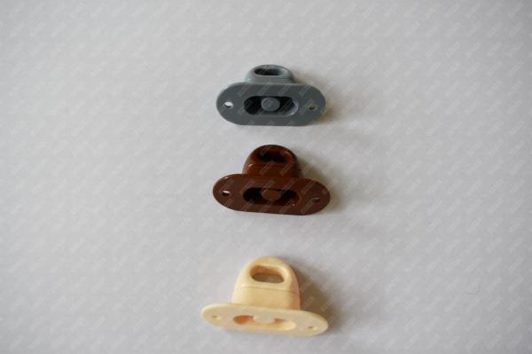 Brida rotativa plastic cu ureche rotunda 3