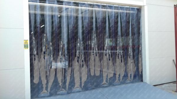 Perdea PVC moale transparenta Dimesiuni Perdea: L 1000 x H 2900 mm, temepratura normala. 2