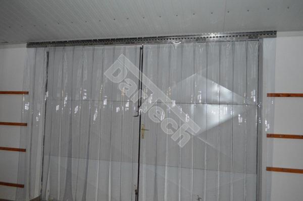 Perdea PVC moale transparenta Dimesiuni Perdea: L 1000 x H 3700 mm, temepratura normala 1