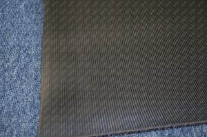 Covor cauciuc antiderapant cu lini inguste latime 1000 mm cu grosime de 3 mm2