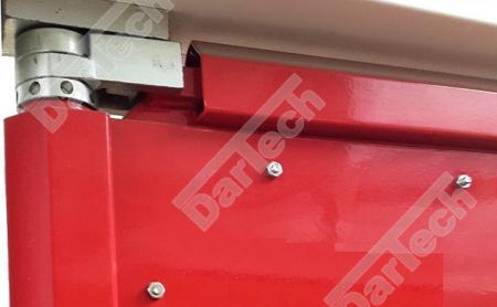 Usa batanta DARFLEX cu folie pvc transparenta cu rama din otel zincat sau vopsite [9]
