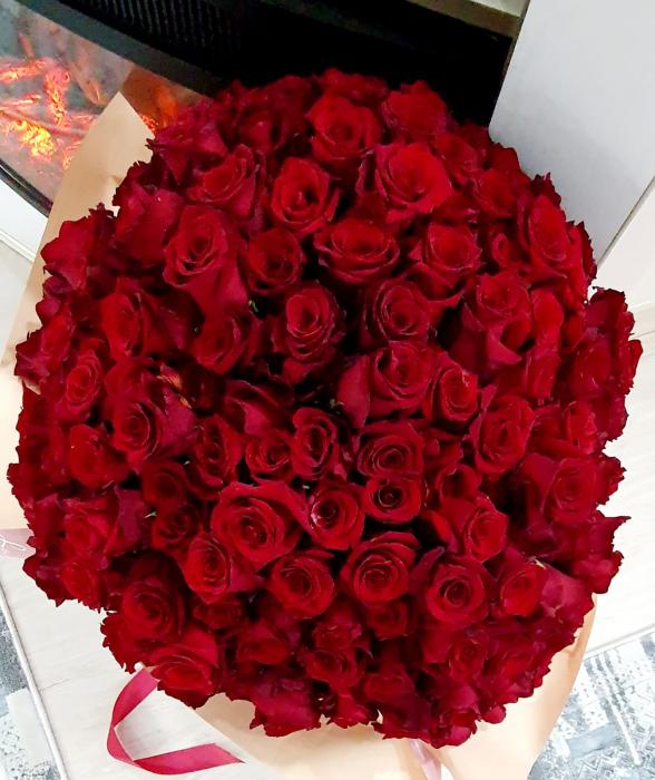 Buchet 201 trandafiri - Florarie Iasi 0