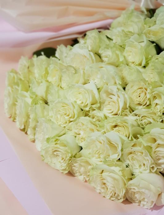 buchet 51 trandafiri [1]