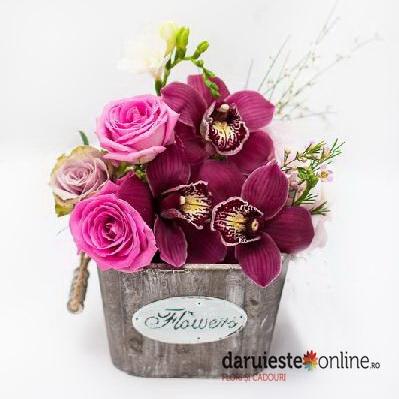 Aranjament floral cu orhidee - Livrare imediata 0