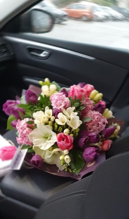 Buchet flori de primavara 1