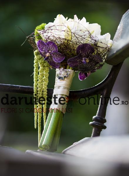 Buchet mireasa amarillys si orhidee vanda 0