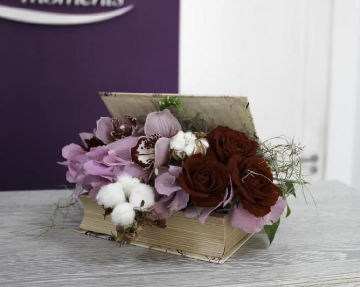 Carte mica cu trandafiri si orhidee [0]