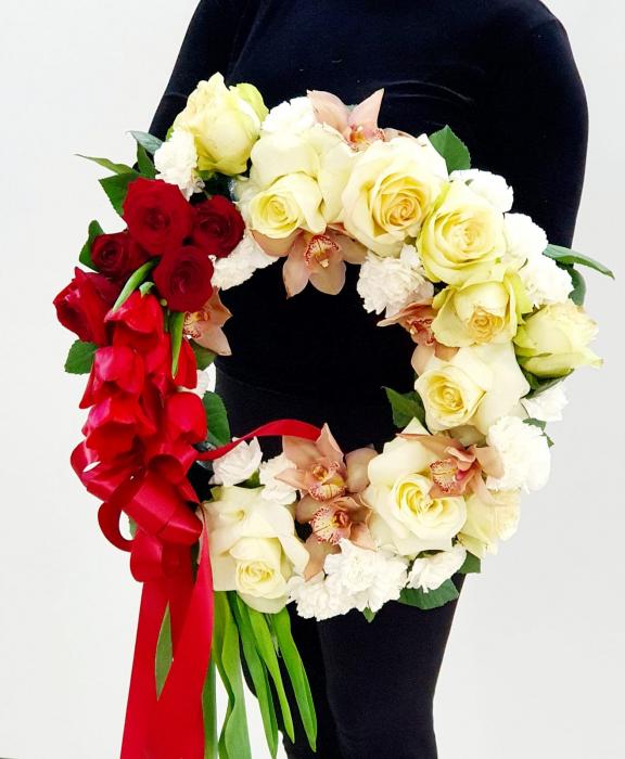 Coroana funerara alb rosu - Coroane Iasi 2