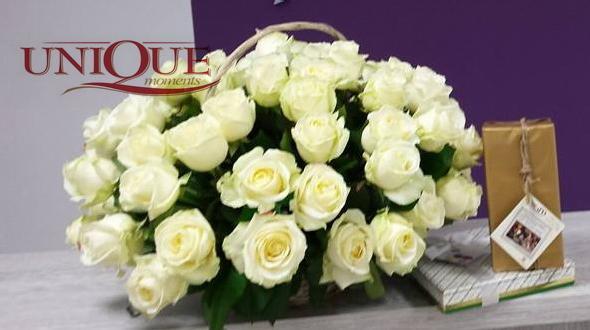 Cos 51 trandafiri albi [0]
