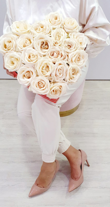 Inima 25 trandafiri albi - Florarie Iasi [1]