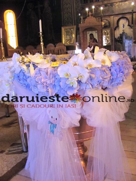 Decor cristelnita hortensie si orhidee 0