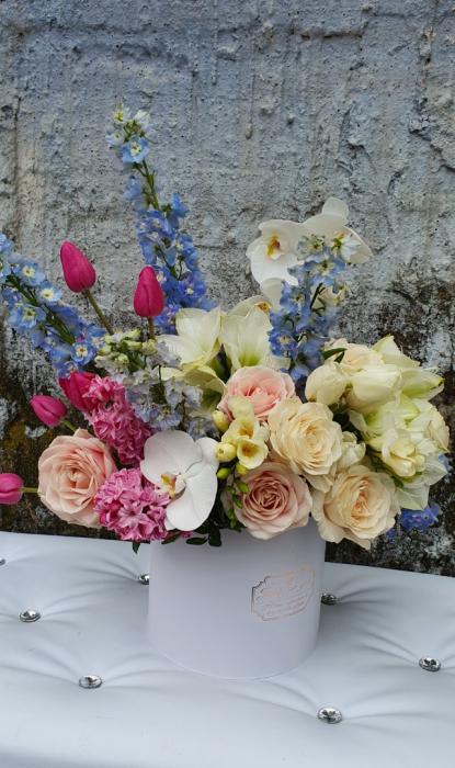 Cutie flori pastel 1 8 Martie 5