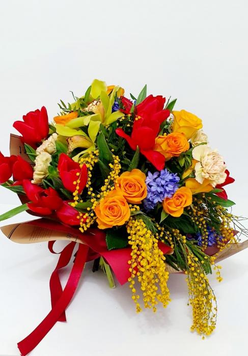 Buchet veselie de primavara - Flori 8 martie 3