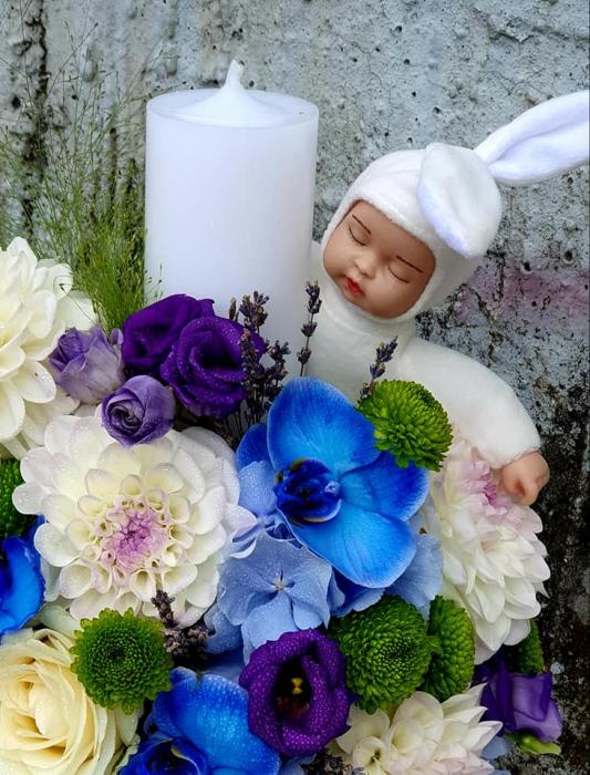 Lumanare botez baietel -flori albaste 1