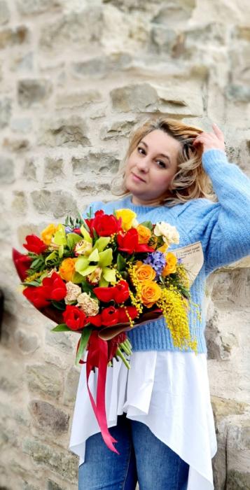 Buchet veselie de primavara - Flori 8 martie 4
