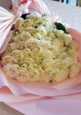 buchet 51 trandafiri [3]