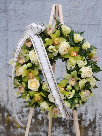 Coroana funerara rotunda alb-verde2