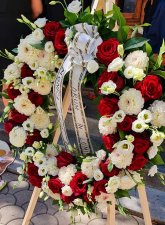 Coroana funerara rotunda alb rosu0