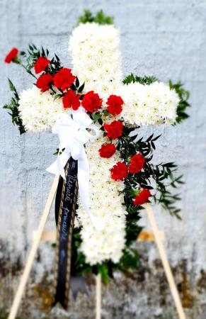 Cruce funerara alba [1]