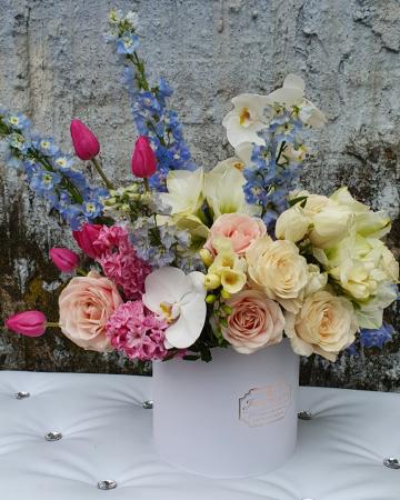 Cutie flori pastel 1 8 Martie3