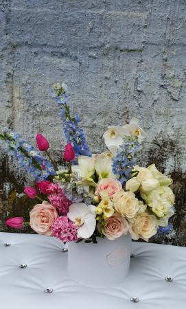 Cutie flori pastel 1 8 Martie4