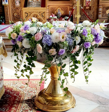 Decor cristelnita hortensie, iedera, eustoma, trandafiri2