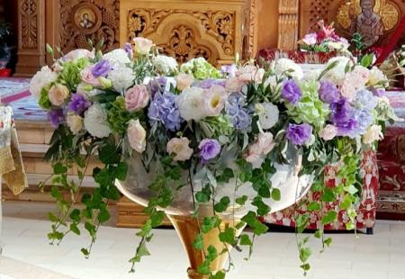 Decor cristelnita hortensie, iedera, eustoma, trandafiri0