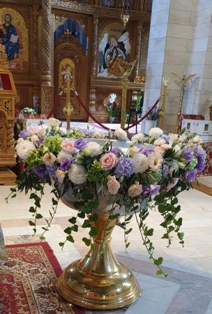 Decor cristelnita hortensie, iedera, eustoma, trandafiri4