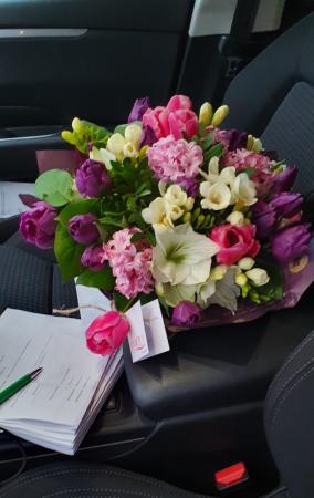 Buchet flori de primavara3