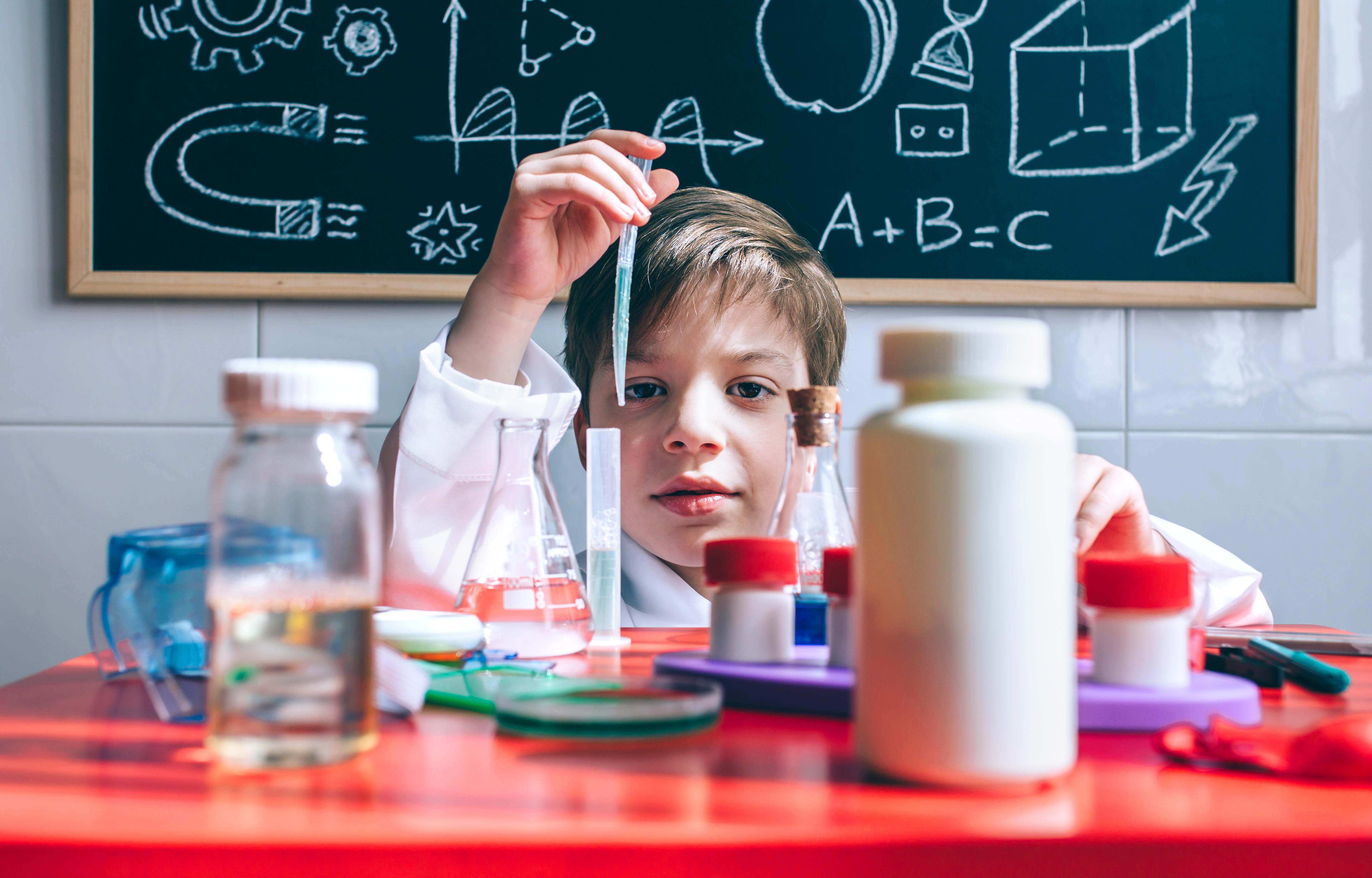 Experimente științifice - Cerneala invizibilă