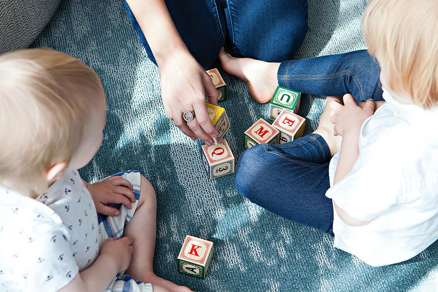 Top 15 jocuri și activități de dezvoltare personală pentru copii