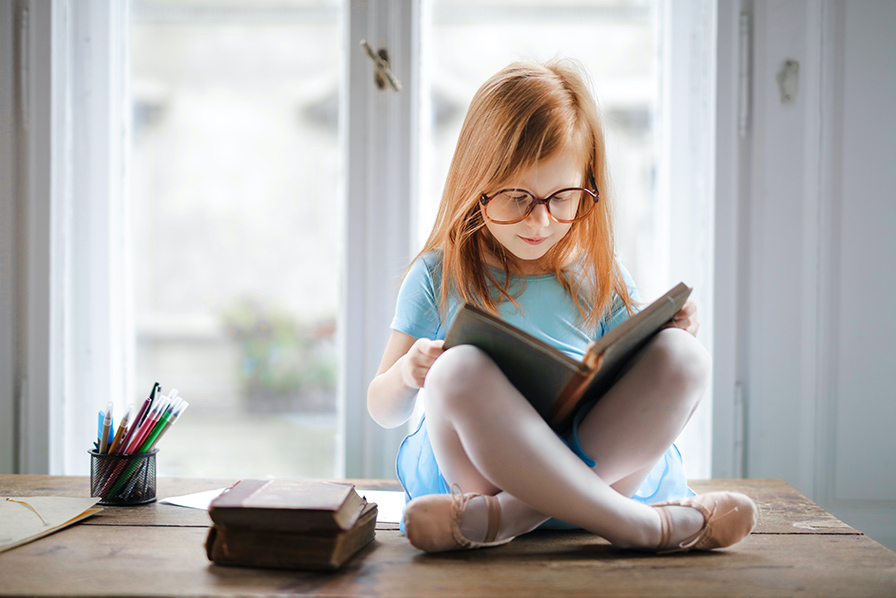 Lectura în viața copiilor–beneficii și sfaturi pentru părinți