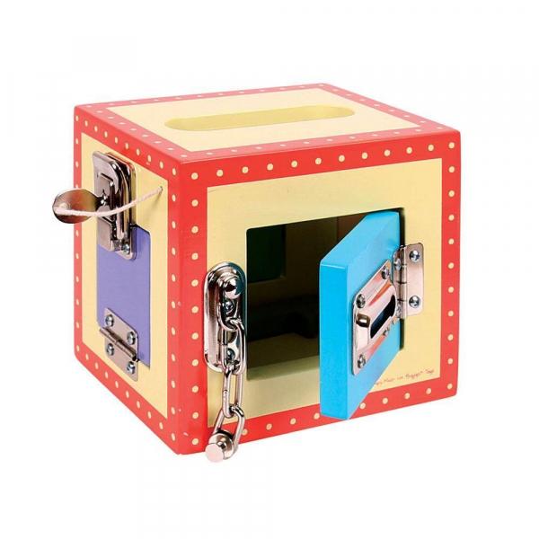 Cutiuta din lemn cu incuietori 0