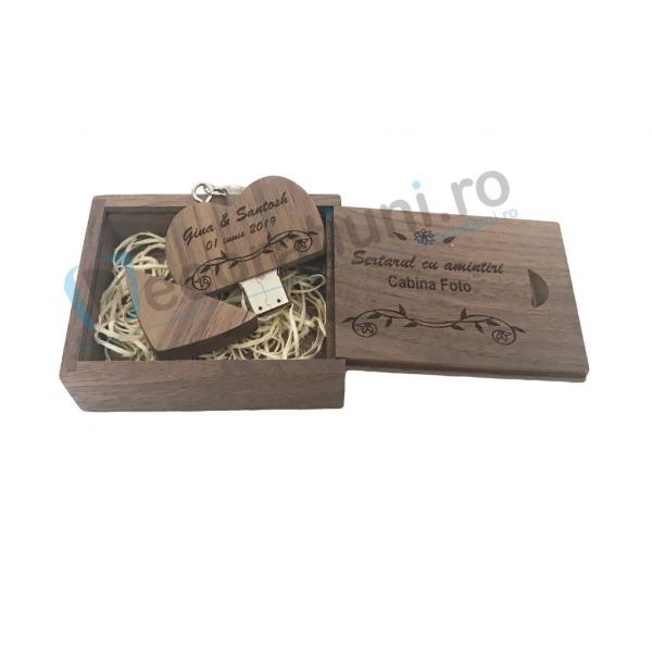 Stick usb inima si cutie din lemn - lemn nuc 0