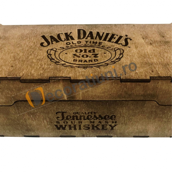 Cutie de lemn pentru sticla de whisky 2