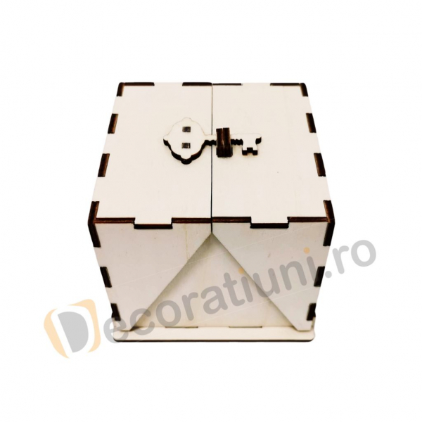 Cutie din lemn ornamentala - model Treasure 2