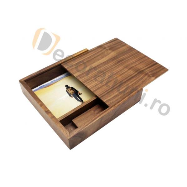 Cutie din lemn pentru fotografii cu stick usb - lemn nuc 4