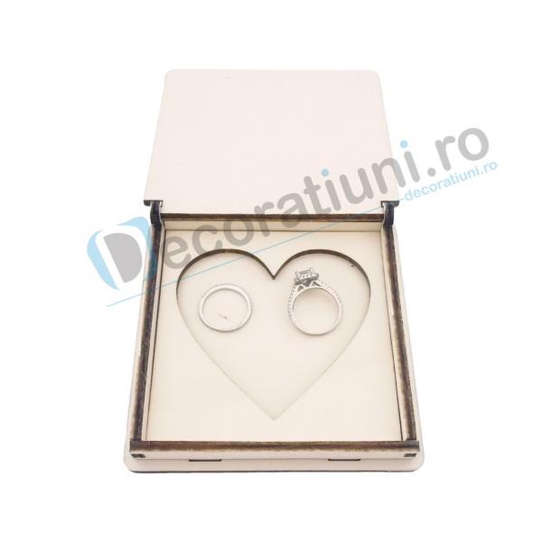Cutie din lemn pentru verighete - model Inima 3
