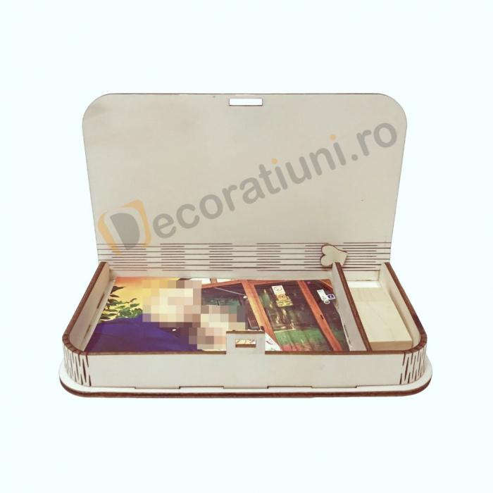 Cutie pentru fotografii si stick usb din lemn 1