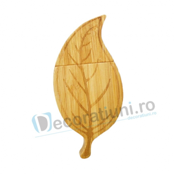 Cutie si stick usb din lemn in forma de frunza - lemn bamboo 1
