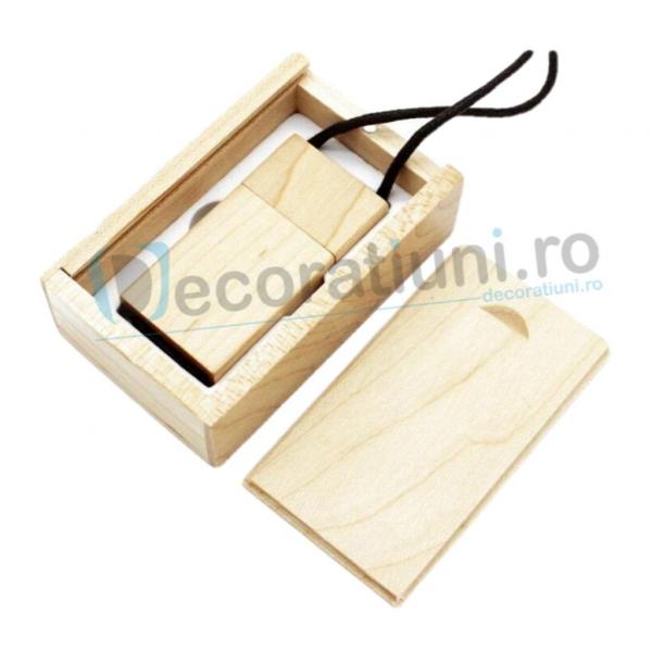 Stick usb cu snur si cutie personalizata - lemn artar 0