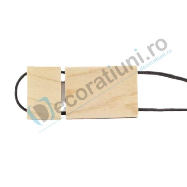 Stick usb cu snur si cutie personalizata - lemn artar 2
