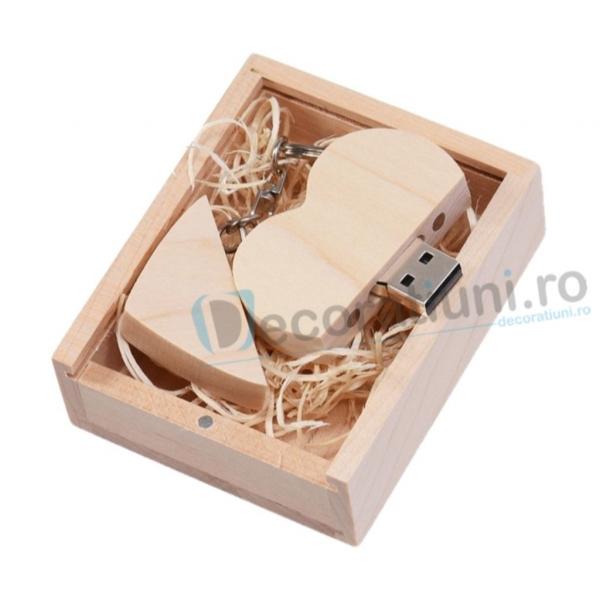 Stick usb inima si cutie din lemn - lemn artar 0