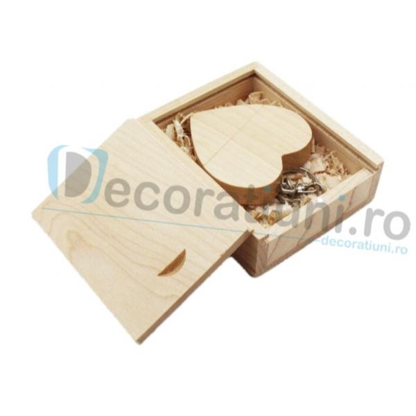 Stick usb inima si cutie din lemn - lemn artar 2