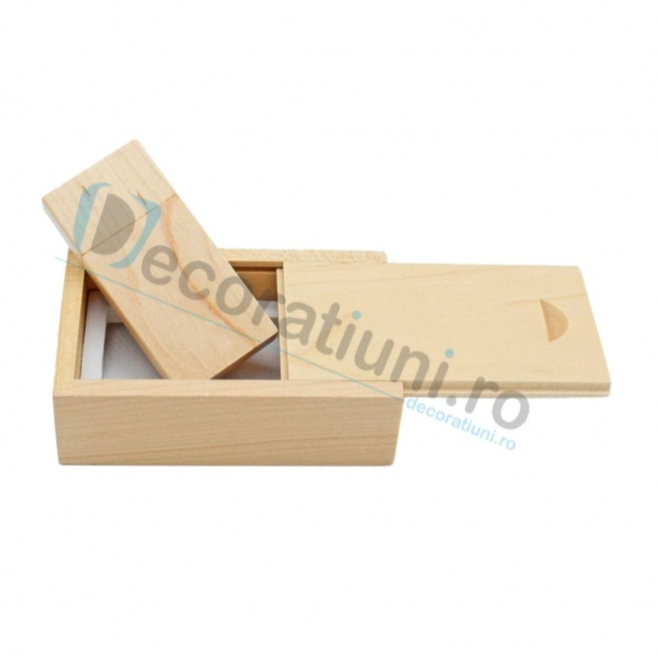 Stick usb personalizat blanko si cutie - lemn artar 2