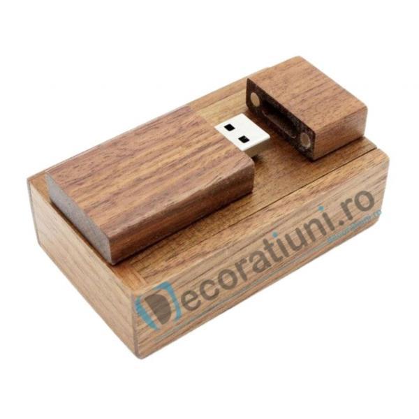 Stick usb personalizat blanko si cutie - lemn nuc 0
