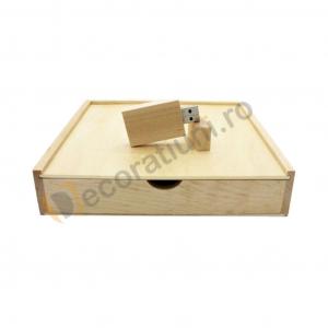 Cutie din lemn pentru fotografii cu stick usb - lemn artar0
