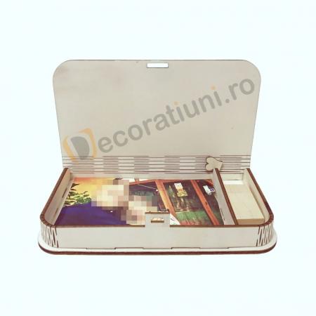 Cutie pentru fotografii si stick usb din lemn1